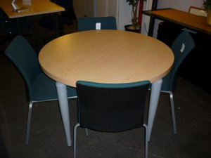 Ocaburo table de r union ronde sansen 4 personnes for Diametre table ronde 4 personnes